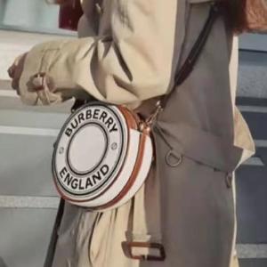 变相67折 €261收经典logo腰带Burberry 早春闪促 爆款TB包、格子围巾、风衣还不快收