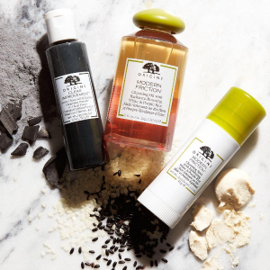 Last Day: Dealmoon Exclusive Enjoy 25% offwith any cleansers purchase +plus spend $65 and choose a 4-piece skincare gift + cosmetic bag. PLUS, spend $45 and get a super deluxe Clear Improvement charcoal mask @ Origins