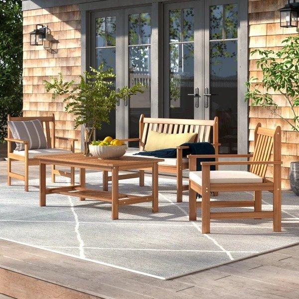 Lark Manor™ 庭院桌椅4件套