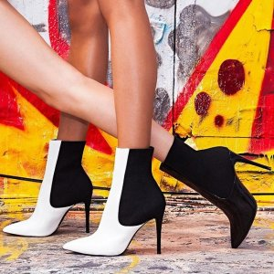Up to 70% OFFSALE items@ Steve Madden