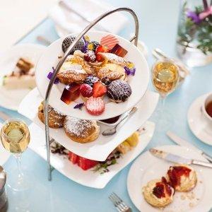 肯辛顿私密花园下午茶£60/双人BuyAGift 精致下午茶热促 Harrods 茶室、希尔顿、爱丽丝主题都有