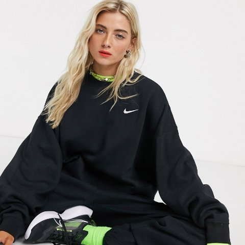Up to 40% OffNike Store Hoodies and Sweatshirts