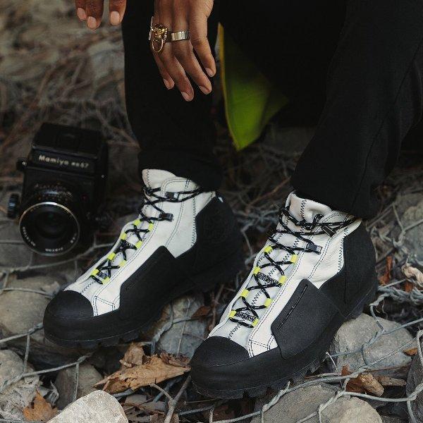 Chuck Taylor Storm 靴子