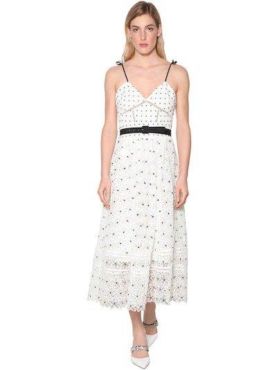 白色波点连衣裙