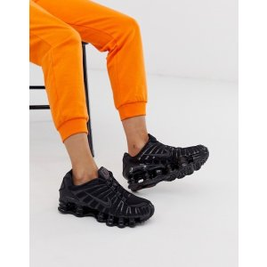 NikeShox Total sneakers in black 运动鞋| ASOS