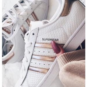 AdidasOriginals Superstar 金色贝壳头女鞋