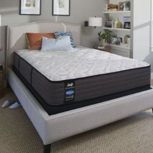 $447Queen Sealy Posturepedic Response Performance Cooper Mountain IV Firm Mattress