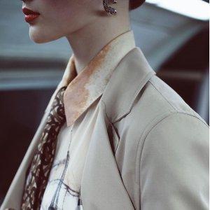 无门槛8折 Kensington风衣$700+即将截止:Burberry服饰、鞋履、配饰热卖 收经典风衣、围巾