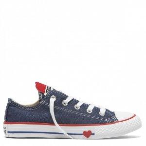 Chuck Taylor 爱心款帆布鞋