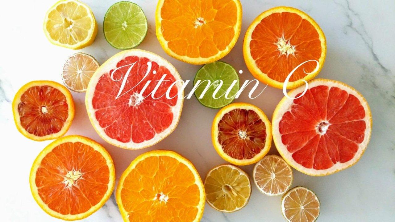 健康知识分享|维生素C吃多少才够?除了维C还要补充哪种营养素?(附柑橘类水果推荐)