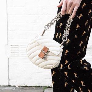 低至3折 麦昆小白鞋$300+码全折扣升级:BrownsFashion 精选女士大牌设计热卖