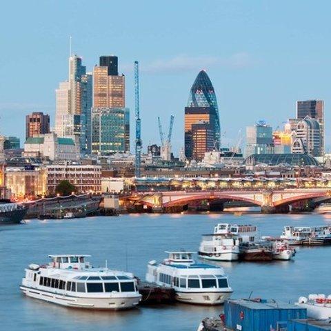 往返成人票£13.95(原价17.5)泰晤士河游船票热促 在河上看大本钟、国会大厦、威敏寺