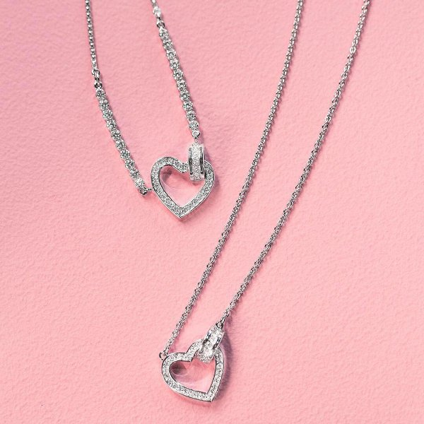 银色心形项链