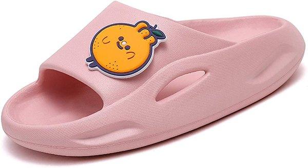 粉色卡通拖鞋