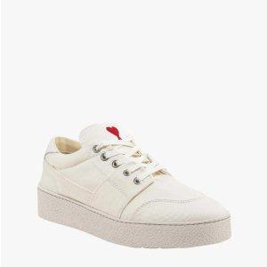 AMII6折,刺绣爱心运动鞋
