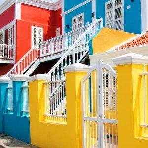 纽约直飞只要 $316美国多城市 - 库拉索 AA/捷蓝航空运营 加勒比海上的彩色小岛