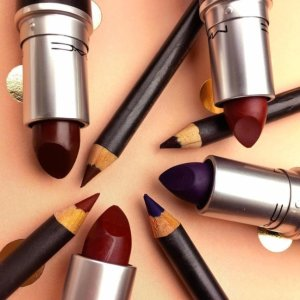Get 20% Offa MAC Lip Duo @ MAC Cosmetics