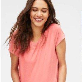 50% OffAll Women's T-Shirts @ GAP