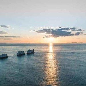 72折 包含全程豪华大巴+往返渡轮Isle of Wight  怀特岛一日游折扣热卖 伦敦出发