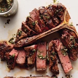 精选牛排组合套餐享免运费Omaha Steaks 夏季限时活动 顶级牛腩、羊腿、海鲜等享5折