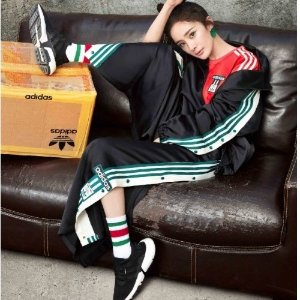 6折优惠+无门槛包邮adidas P.O.D S3.1当红炸子鸡促销啦 女生$48收大童款