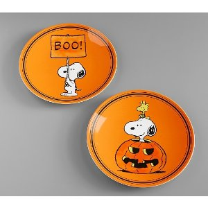Pottery Barn KidsCharlie Brown<sup>®</sup> Halloween Plates