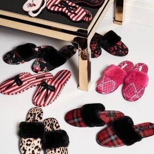 无痕内裤5件$30,睡衣$29Victoria's Secret 黑五大促 封面款拖鞋$12.5