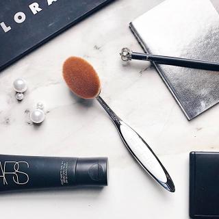 8折B-Glowing 美妆产品热卖 收超奢华Artis化妆刷