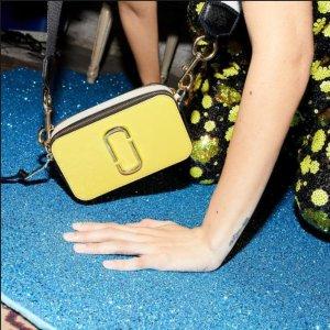 Up to 47% Off+Free Gift CardMarc Jacobs Handbags Sale @ Bloomingdales