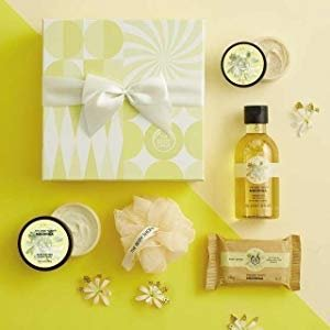 The Body Shop Moringa Festive Picks Small Gift Set @ Amazon