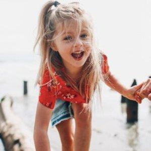 5折 T恤$6.47 Polo衫$12.47 腰包$9.97限今天:Abercrombie & Kids 童装夏日限时特卖
