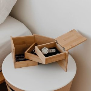 低至7折 封面实木收纳盒$30UMBRA 创意家居热卖 装饰镜3件组$39.5 原木相框$7起