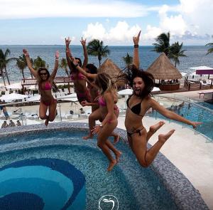 $729 粉红色的酒店Temptation Cancun Resort 4天3夜全包式酒店+机票