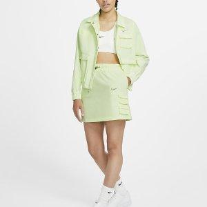 低至5折  £31入封面工装裙Nike 裙装大促 百褶裙、运动裙、卫衣裙全都有 给你最靓的夏天