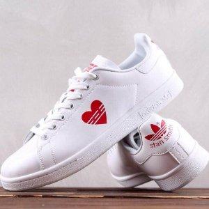 $100+包邮adidas官网 即将发售Stan Smith情人节特别版小白鞋