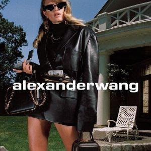 3折起+全场7.5折!€238收运动鞋独家:Alexander Wang 全场大促开始 腰包、logo款、高跟鞋惊喜好价
