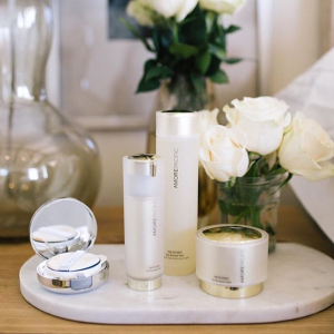 Receive a 3-pc TIME RESPONSE deluxe sampleWith any $250 purchase @Amorepacific