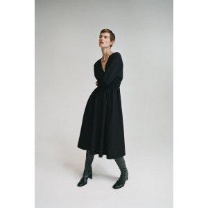 Zara黑色连衣裙