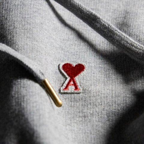 低至7折 £52收小爱心logoT恤AMI 巴黎小众品牌闪促 王一博、王俊凯、王源、朱正廷同款收起来