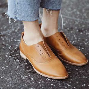 40% Off + Free ShippingFRYE Shoes Flash Sale
