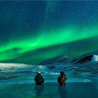 <5天>4次极光观测机会+珍娜温泉极光之旅,费尔班克斯市区游+飞越北极圈、狗拉雪橇、冰钓特色体验+赠陆路跨越北极圈