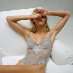 低至2.7折 内裤$2.99起Out From Under 小仙女们喜欢的内衣裤、打底等热卖