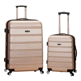 $66Rockland Luggage 20 Inch and 28 Inch 2 Piece Expandable Spinner Set