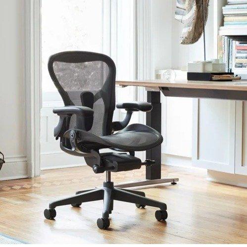 Aeron 办公椅 黑色