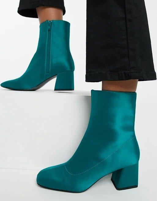 Leia satin孔雀蓝及跟靴