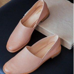 低至4折+额外8.5折Clarks 穆勒鞋、凉鞋、切尔西靴折上折 百搭舒服是王道