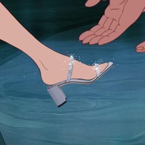 全场8折BHV官网 全场潮鞋闪促 收By Far、Nike、Veja等