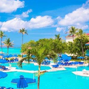 巴哈马拿骚 Breezes Resort 全包式度假村
