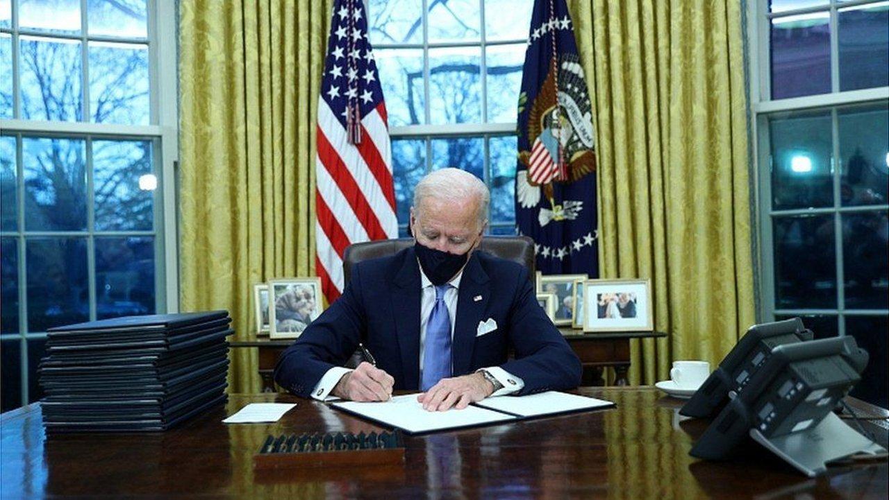 更新:10052号总统令过期未延长,拜登取消特朗普移民禁令!持移民签证可入境美国!美国旅行禁令下哪些人群可以入境美国?