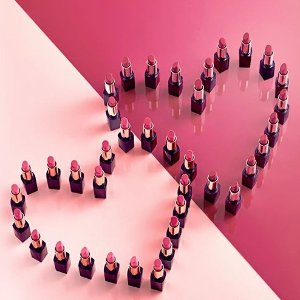 Valentine's Day FavesSkincare Gift Sets and lip products @ Estee Lauder